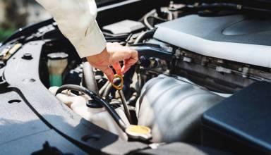 mechanik samochodowy naprawa