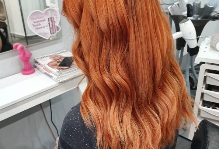 Modne fryzury i koloryzacje na 2020 rok