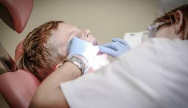 Jak nastawić dziecko na wizytę u dentysty
